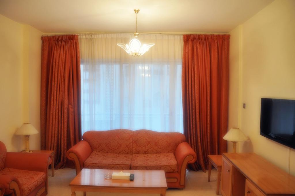 Фото Royal Plaza Hotel Apartments
