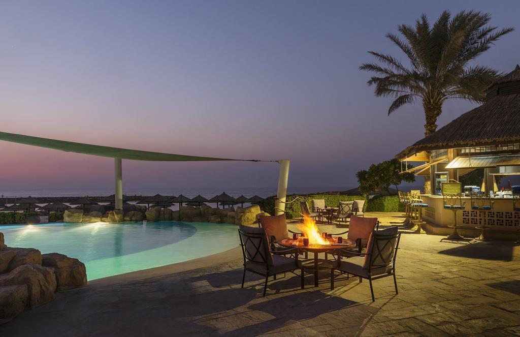 Отель Coral Beach Resort ОАЭ Шарджа
