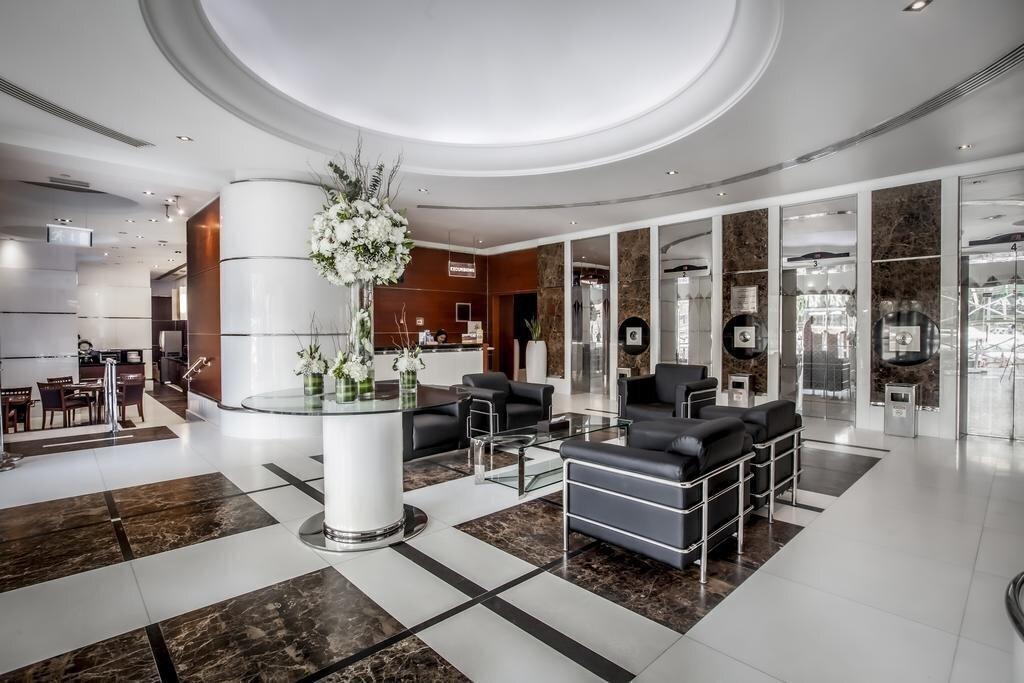 Фото Golden Sands Hotel Sharjah (ex. Ramada Hotel & Suites Sharjah) 4*