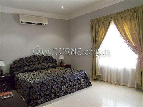 Фото Royal Residence Umm Al Quwain Умм-эль-Кайвайн