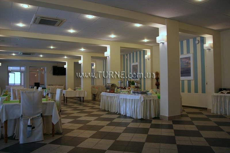 Отель Hotel Mazury Польша Гижицко