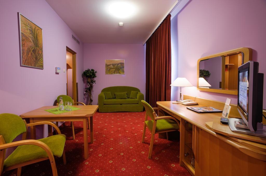 Фото Orient Hotel Польша
