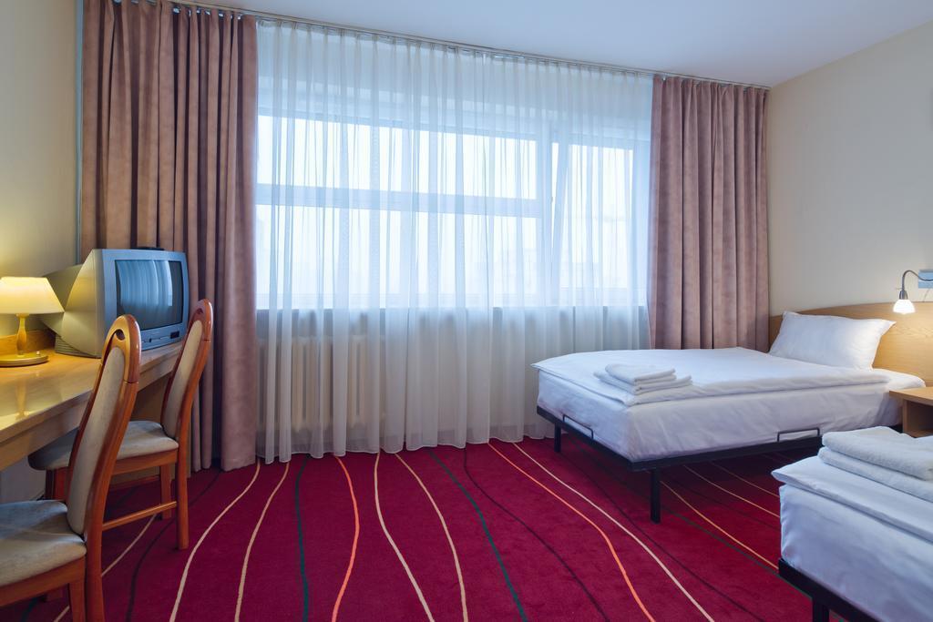 Отель Atos Польша Варшава
