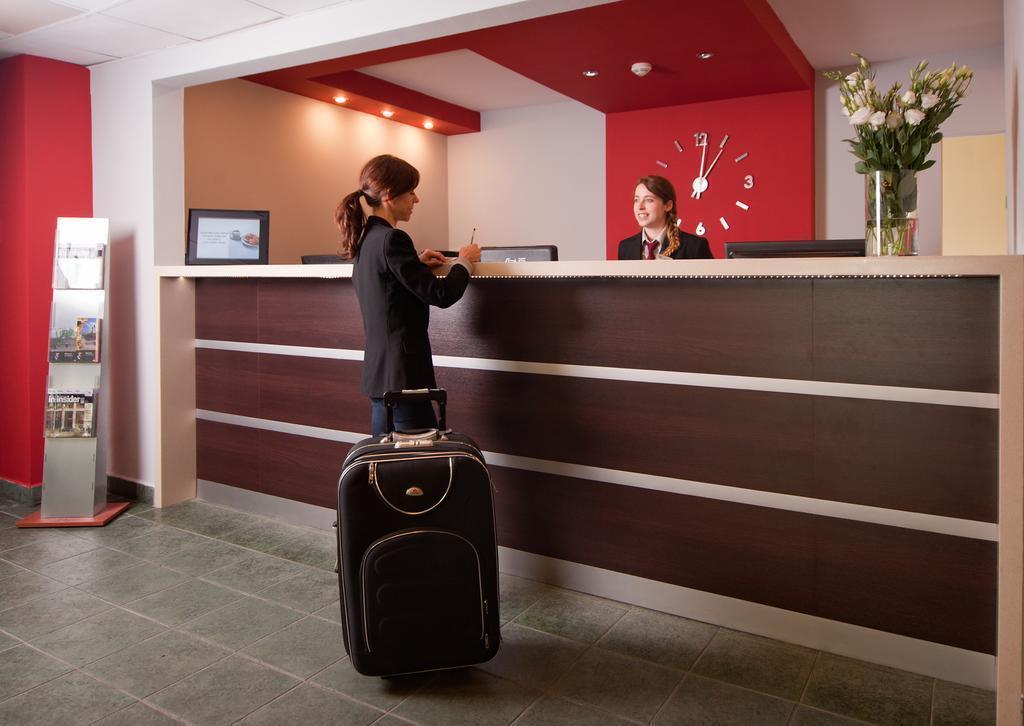 Отель Aramis Варшава