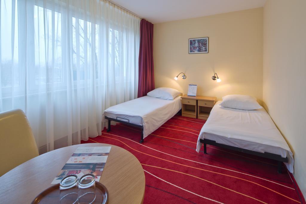 Отель Aramis Польша Варшава