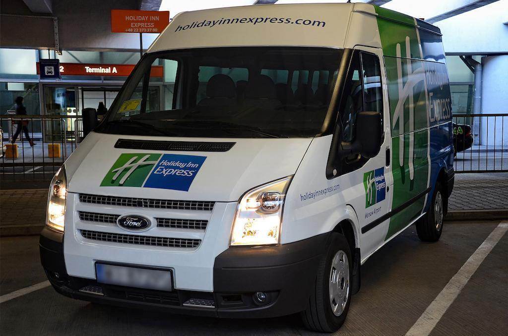 Holiday Inn Express Warsaw Airport Варшава