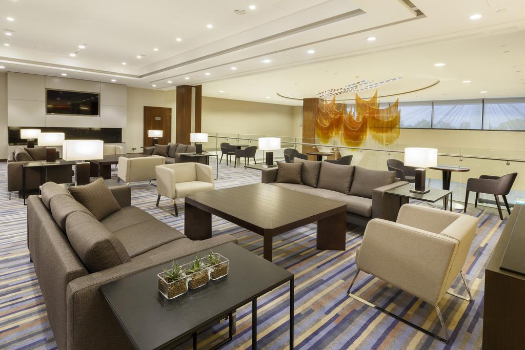Фото Doubletree By Hilton Hotel & Conference Centre