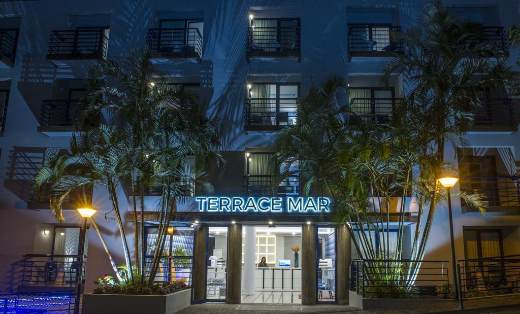 Terrace Mar Suite Hotel Фуншал