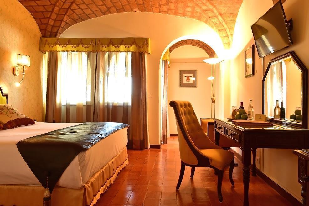 Отель Fortaleza Do Guincho Кашкайш