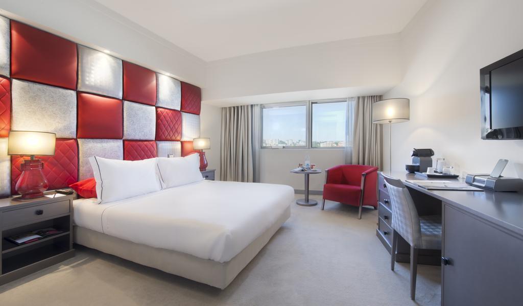 Отель Tivoli Oriente Лиссабон