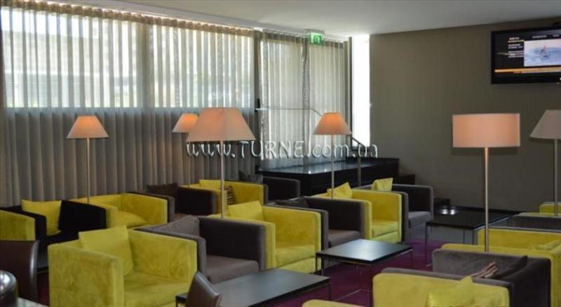 Фото Holiday Inn Express Lisbon Airport Лиссабон