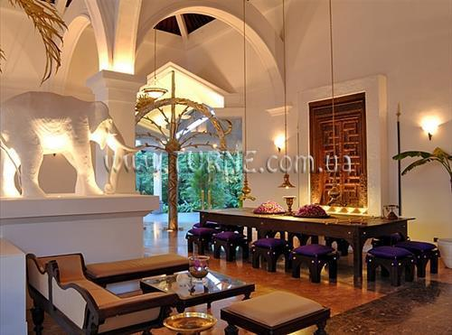 Отель Royal Beach Resort Индурува