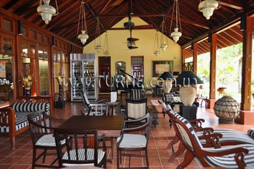Отель Cocoon Resort & Villas Индурува