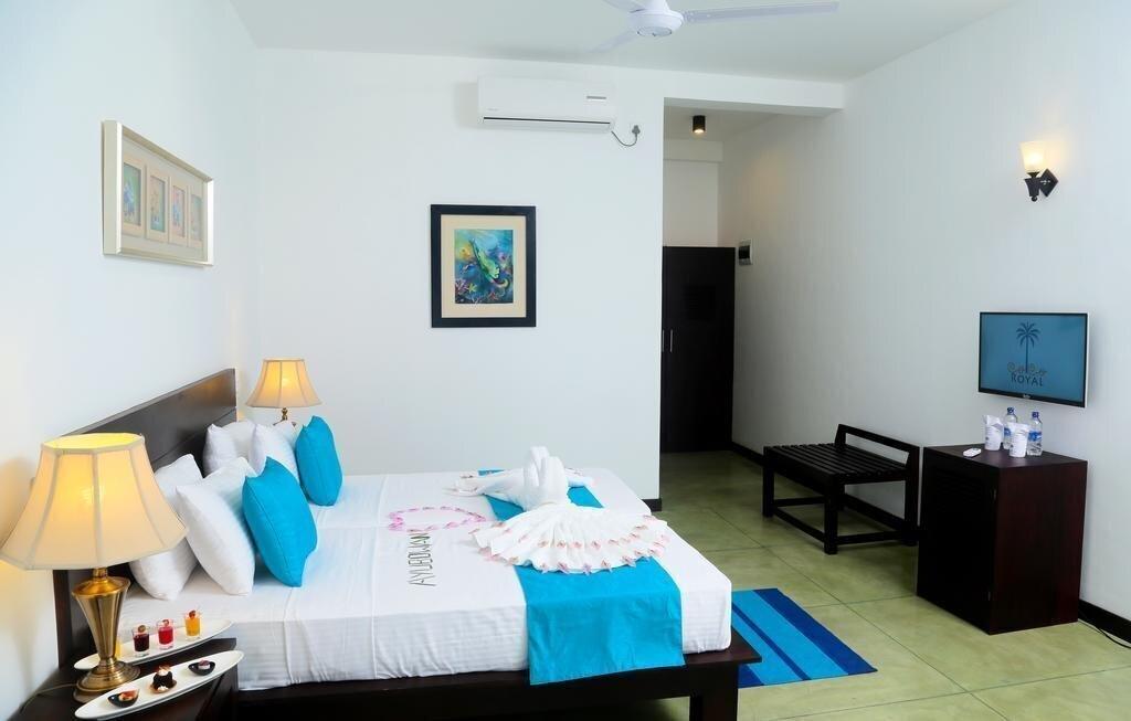Фото Coco Royal Beach Hotel 3*