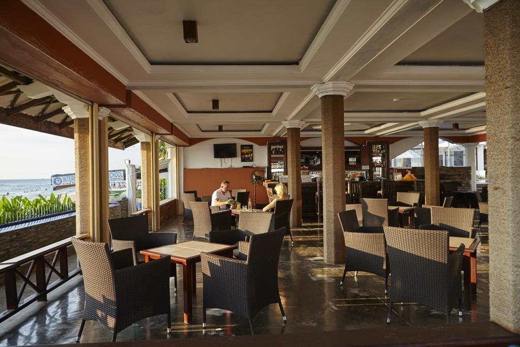 Фото Coral Sands Hotel 3*