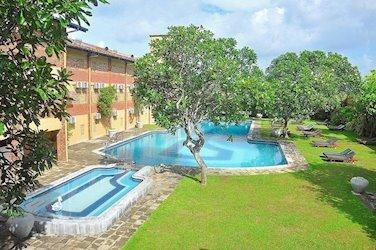 Long Beach Resort 4*, Шри-Ланка, Когалла