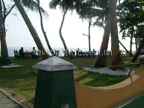 Фото Polhena Reef Gardens Hotel Матара