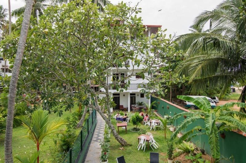 Отель Sea View Deepal Villa Унаватуна