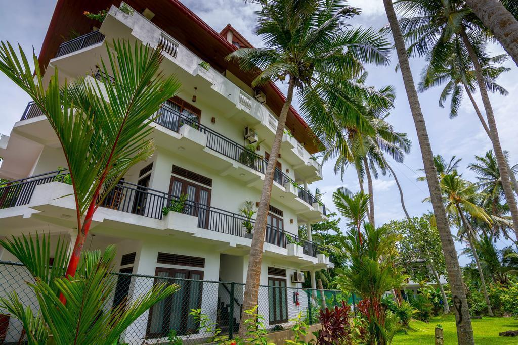 Фото Sea View Deepal Villa Шри-Ланка Унаватуна
