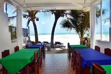 Blue Sky Beach Resort 3*, Шри-Ланка, Унаватуна