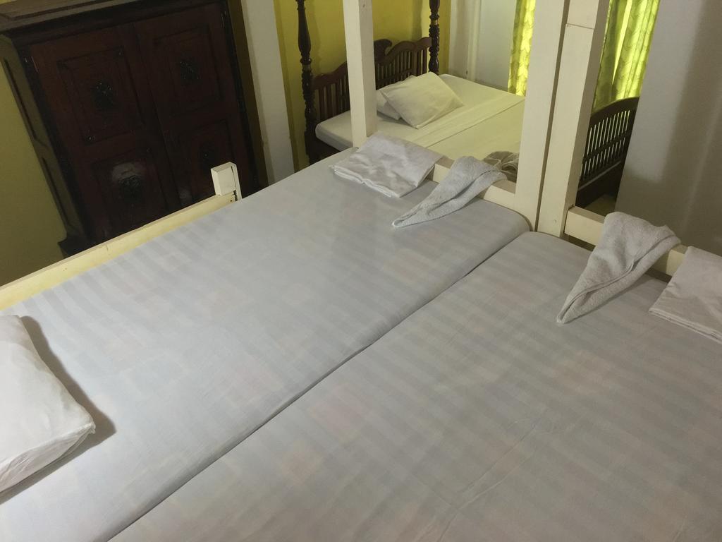 Фото Saffron Hotel Унаватуна