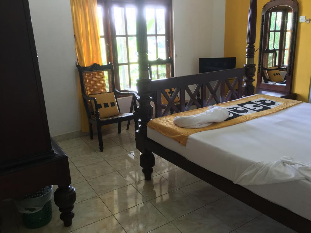 Фото Saffron Hotel Шри-Ланка Унаватуна