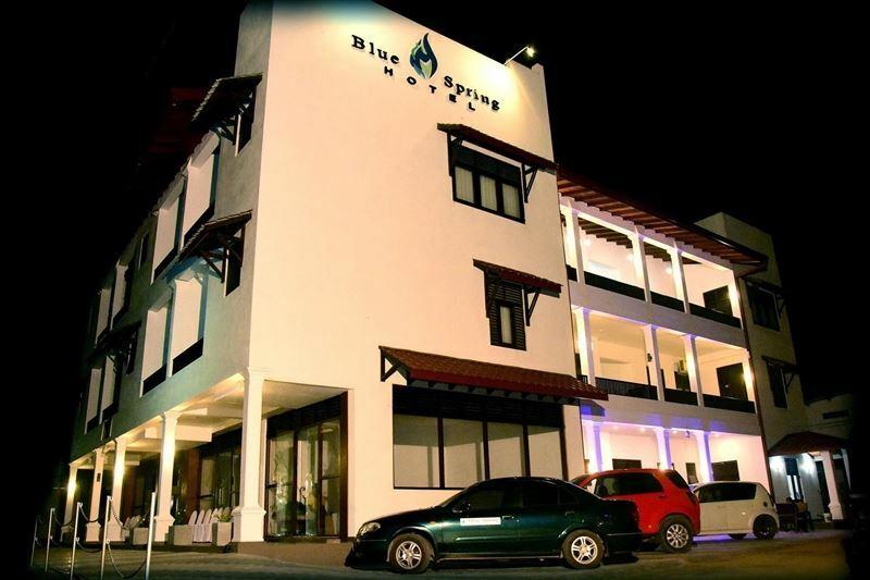 Фото Blue Spring Hotel 3*