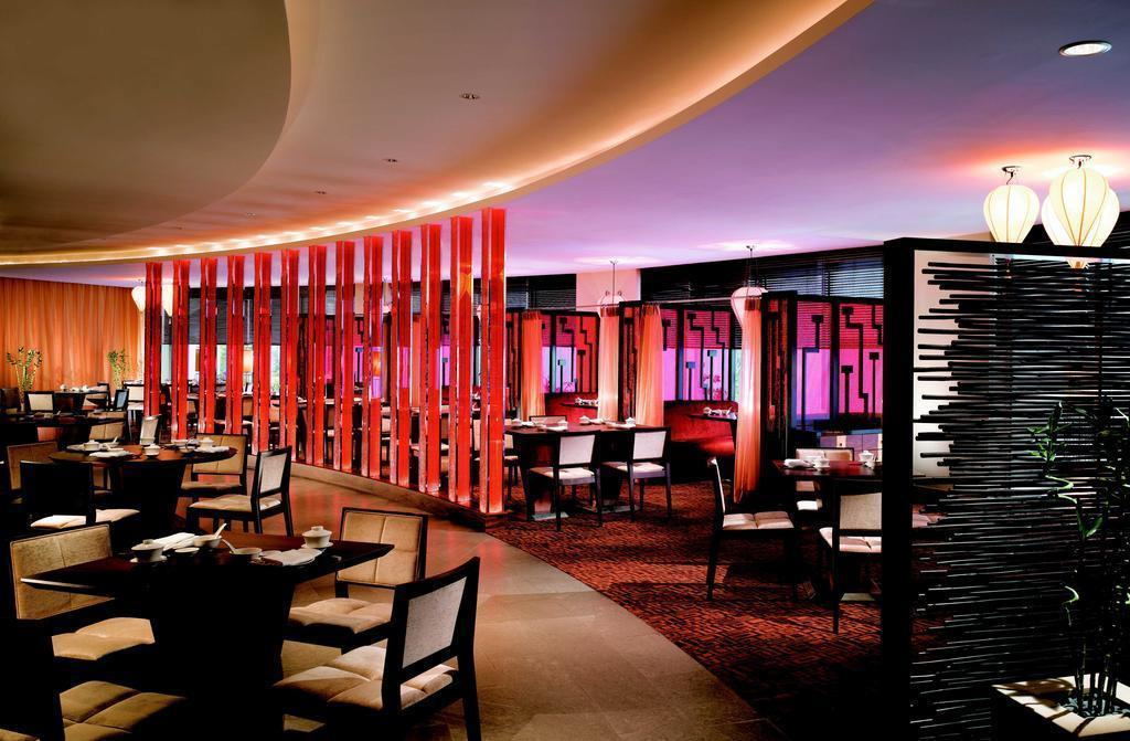 Swissotel The Stamford Сингапур Сингапур