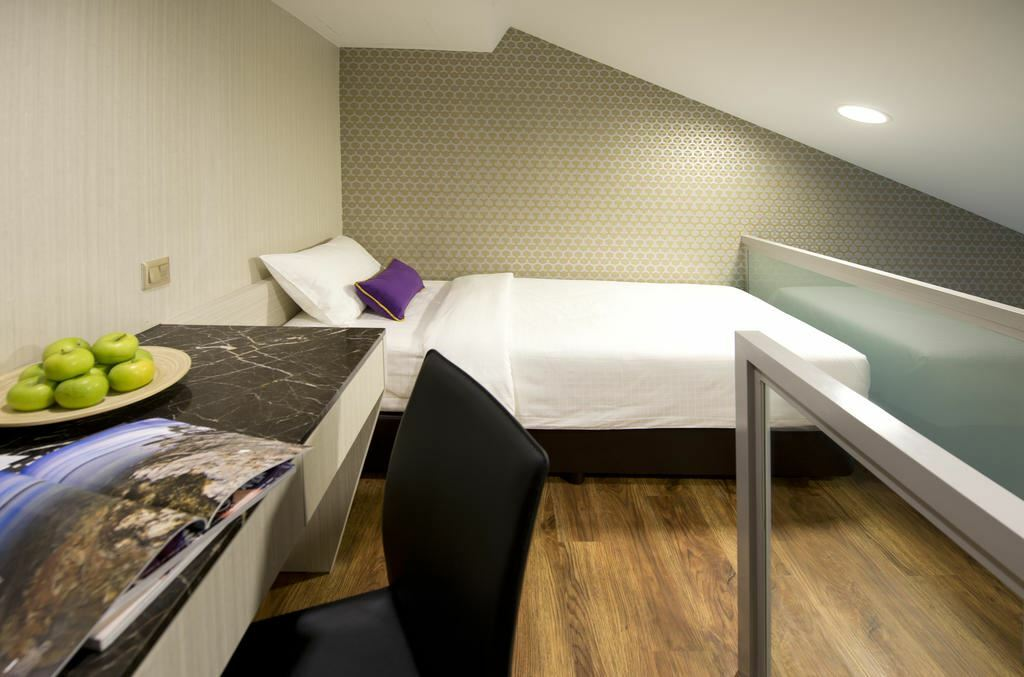 Фото V Hotel Bencoolen Сингапур