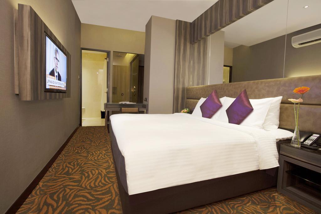 Фото Aqueen Hotel Paya Lebar 3*