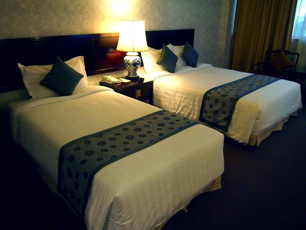 Фото Hotel Royal 3*