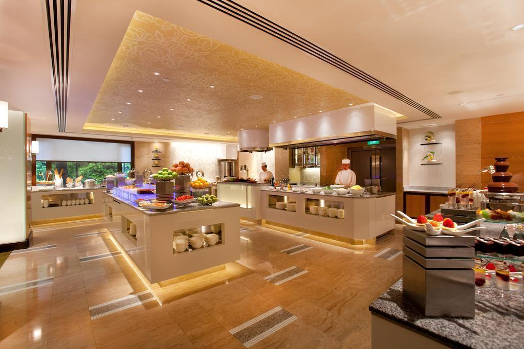 Фото Holiday Inn Singapore Orchard City Centre 4*