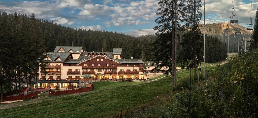 Отель Ski & Wellness Residence Druzba Низкие Татры
