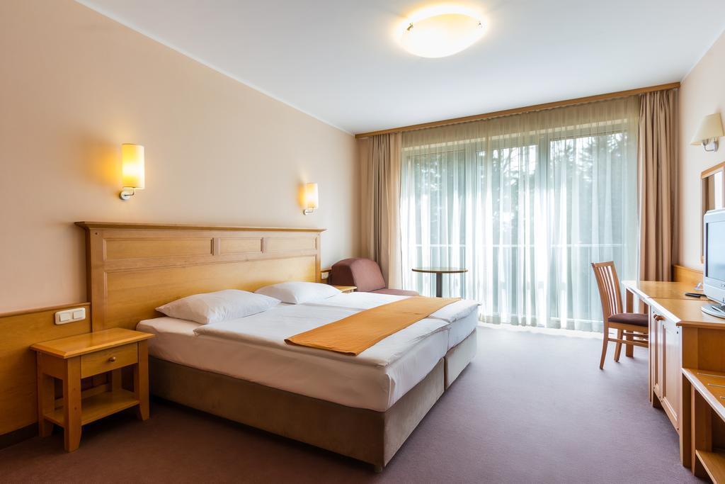 Отель Bellevue Марибор