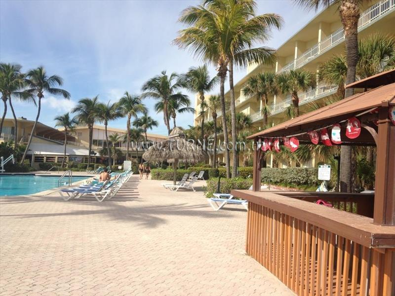 Фото Days Hotel Thunderbird Beach Resort США Майами
