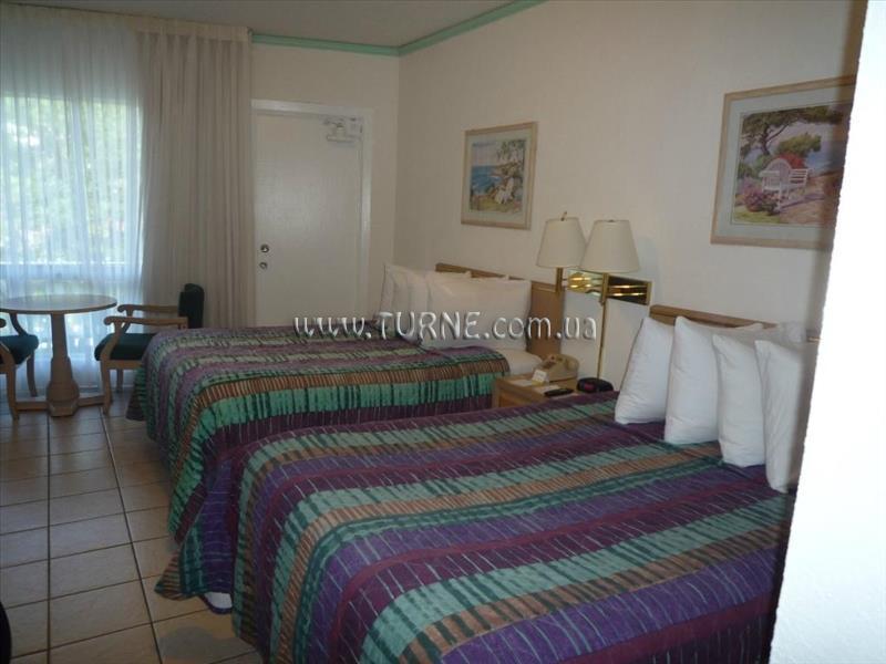 Отель Days Hotel Thunderbird Beach Resort США Майами