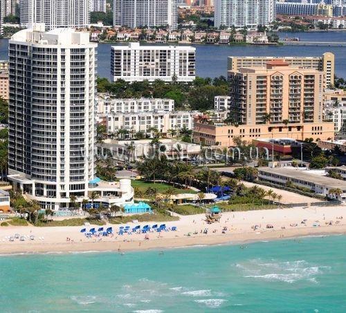 Отель Doubletree Ocean Point Resort & Spa Майами