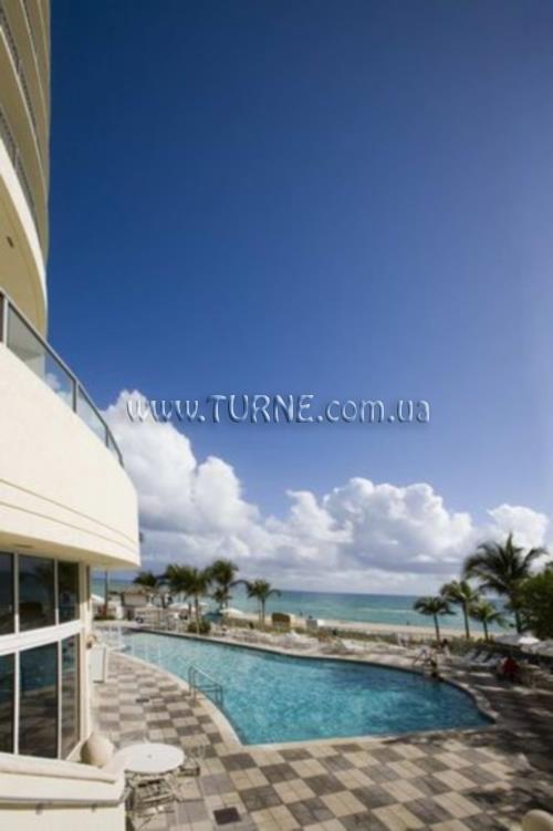 Doubletree Ocean Point Resort & Spa США Майами