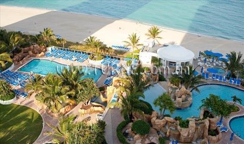 Фото Trump International Beach Resort