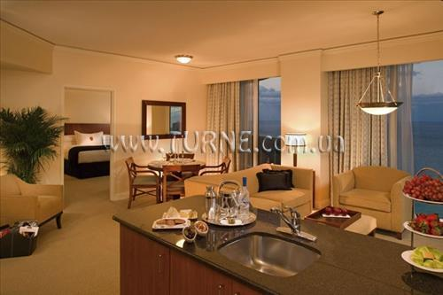 Отель Trump International Beach Resort Майами