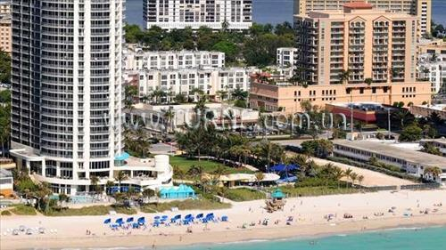 DoubleTree by Hilton Ocean Point Resort & Spa Sunny Isles Майами