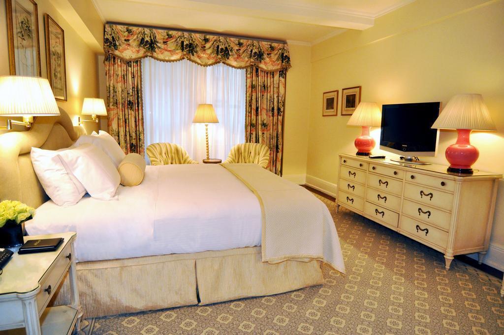 Отель The Carlyle, A Rosewood Hotel США Нью-Йорк