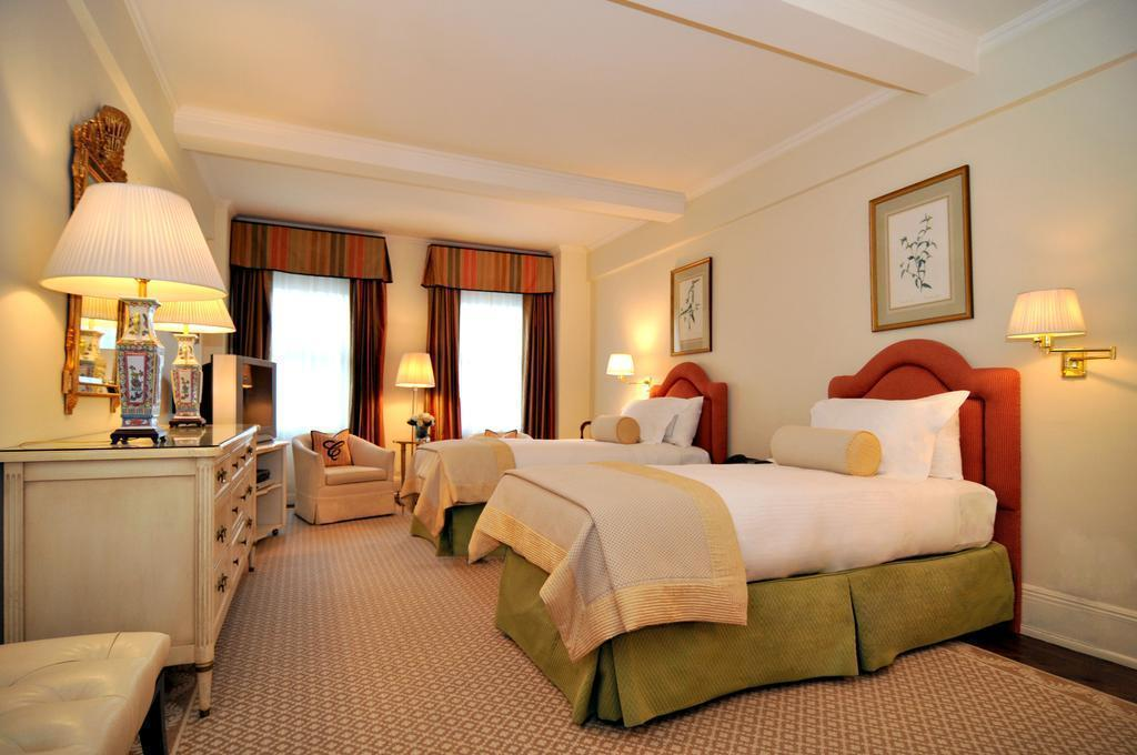 Фото The Carlyle, A Rosewood Hotel США