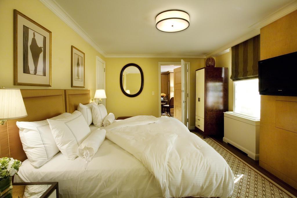 Отель The Carlyle, A Rosewood Hotel Нью-Йорк