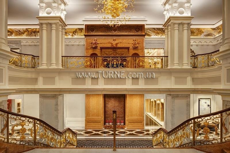 Отель The New York Palace Нью-Йорк