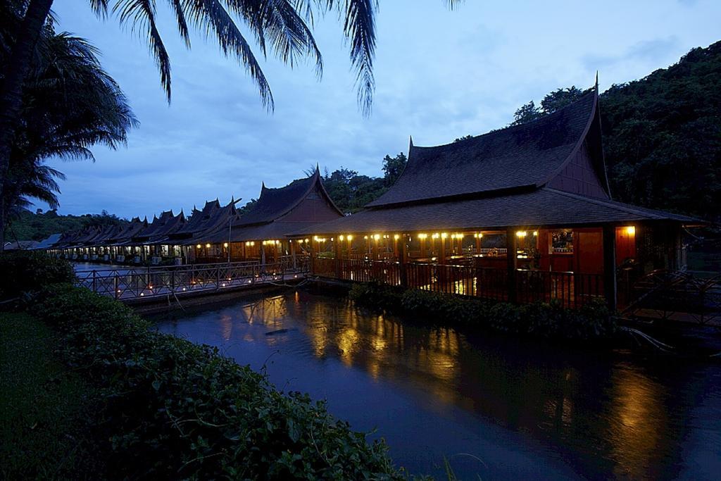 Фото River Kwai Village Hotel