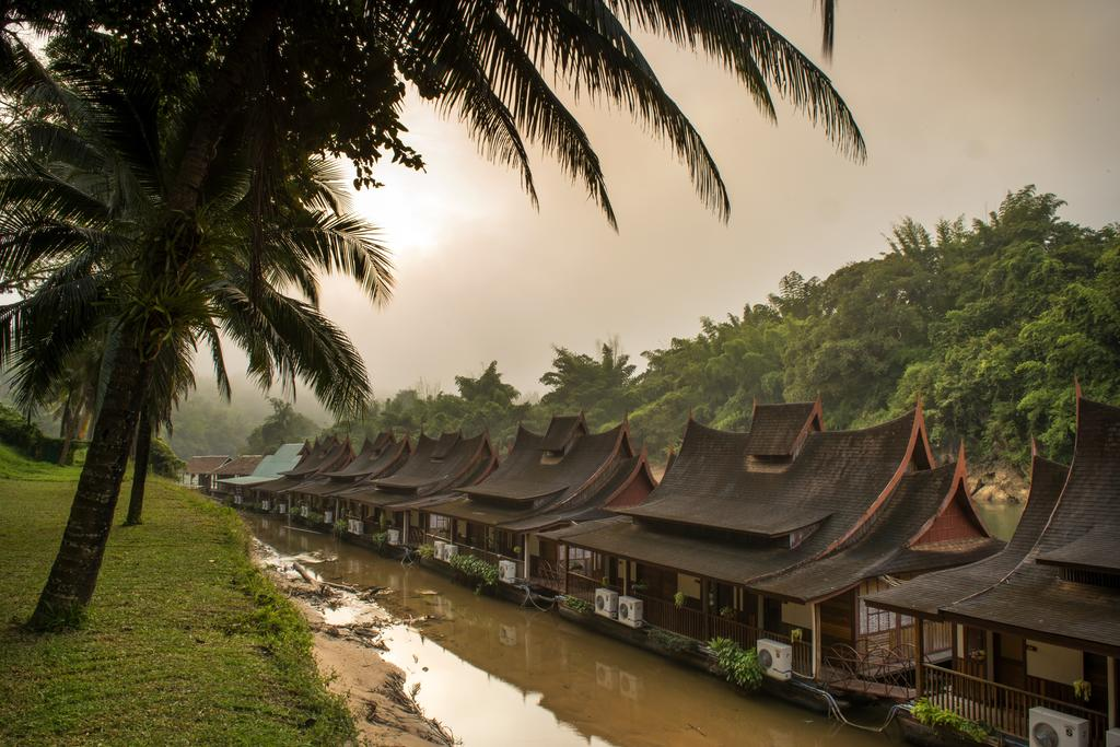 Отель River Kwai Village Hotel Канчанабури