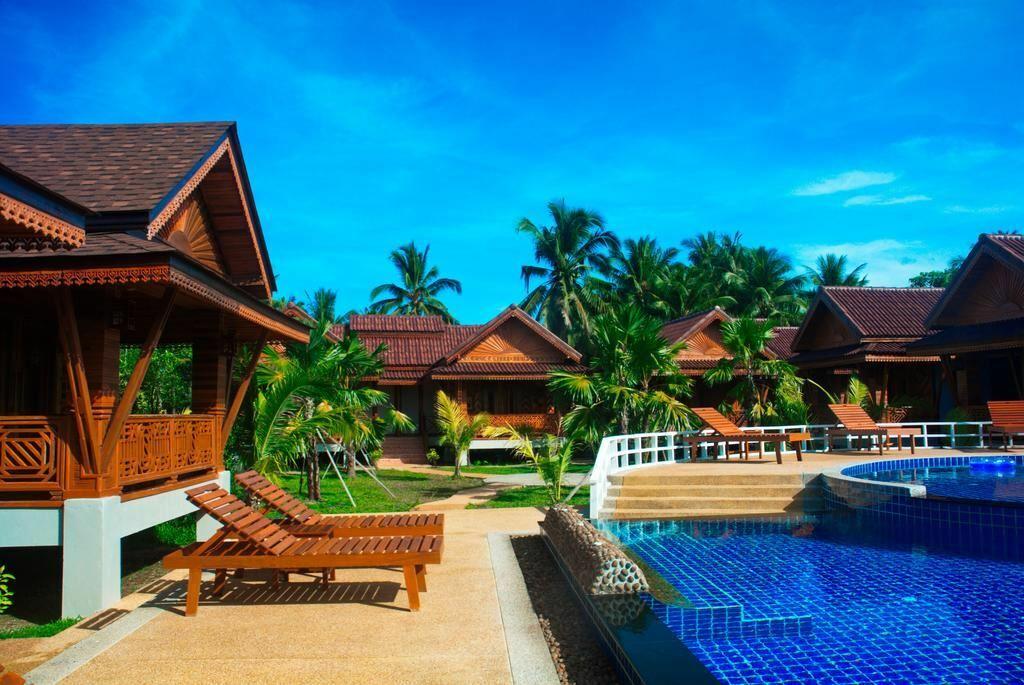Отель Sangsawan Palace Khaolak Resort Као Лак