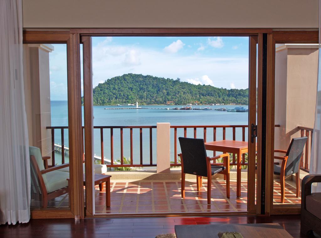 Фото Tranquility Bay Residence 3*