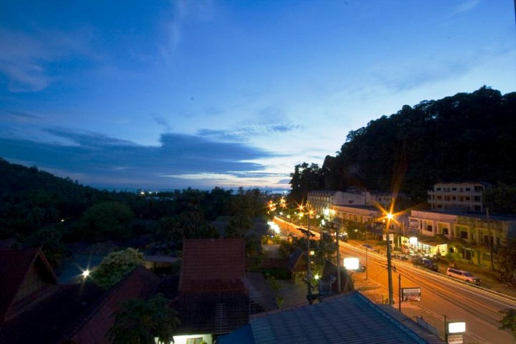 Фото Ascot Krabi Hotel 2*